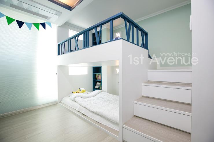 Простая двухъярусная кровать