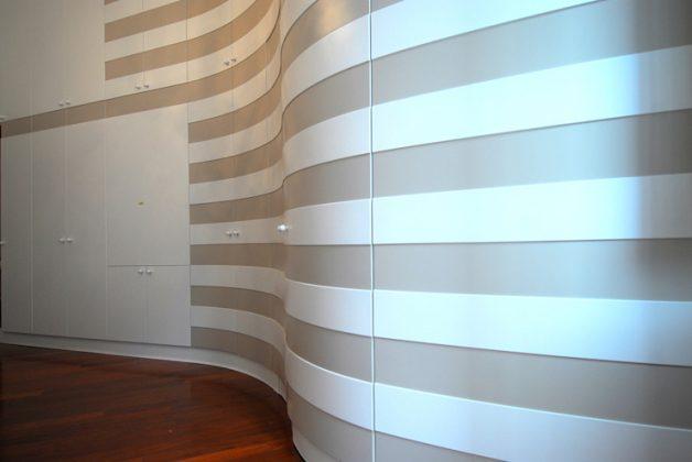 """Великолепное удобство использования с одной стенкой - очаровательная мебель для """"всех магазинов"""", адаптированная к облику стены"""