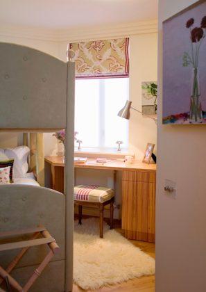 Просторная и удобная двухъярусная кровать