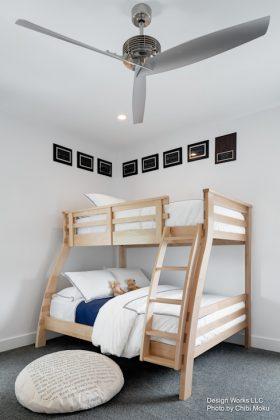 Двухъярусная кровать для главной спальни