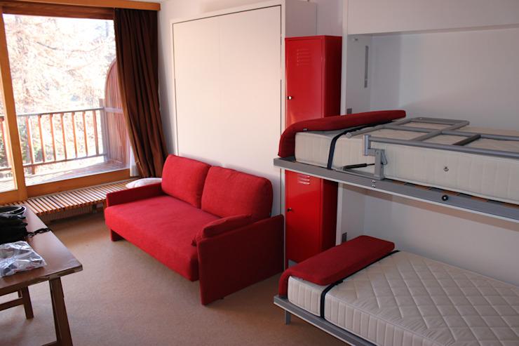 Раскладные двухъярусные кровати: идея экономии места